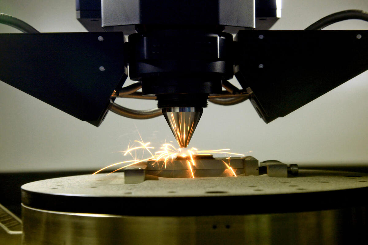 3d-printer-for-metal-PAQN6ZN-scaled